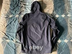 Rapha Explore Hooded GORE-Tex Pullover Size Small Navy