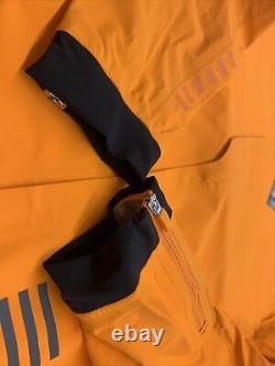 Rapha Mne's Pro Team Race Cape Orange Size Large Brand New With Tag